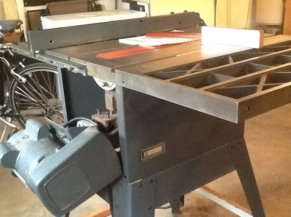 Craftsman 10 3hp table saw model 113 298761 is it a good buy here are some images greentooth Gallery